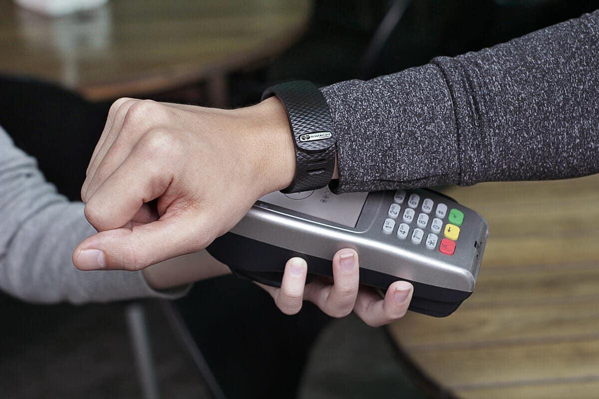 Pulseira Internacional Atar Pay e Mastercard